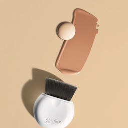 Retractable foundation brush (See 3/4)