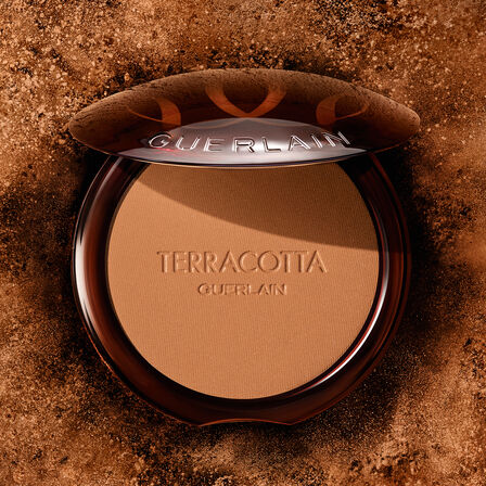The Bronzing Powder - 96% naturally-derived ingredients (See 1/5)
