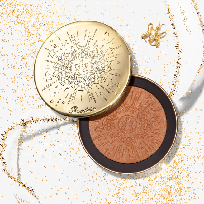 Shimmery illuminating powder in limited edition (See 1/2)