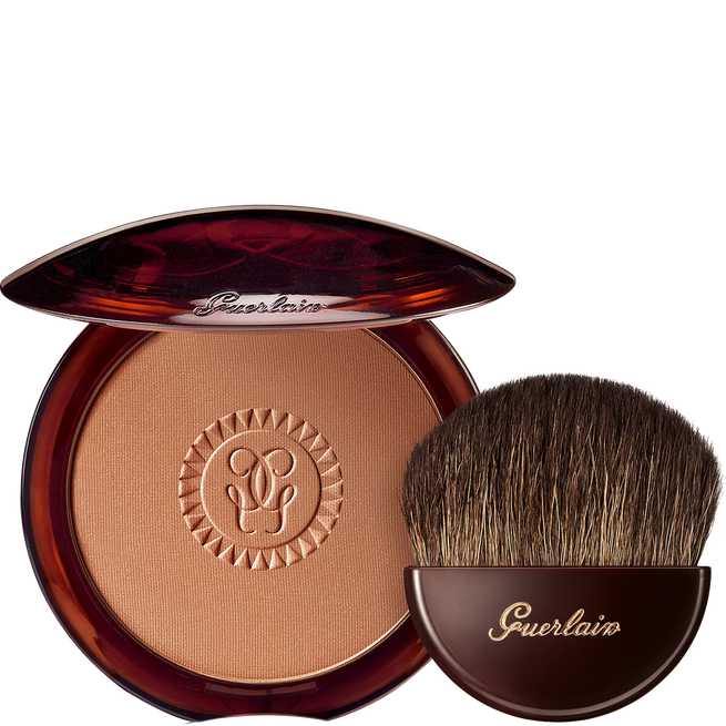 The bronzing powder and its brush (See 1/1)